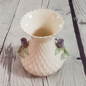 Belleek Quilted Thistle Vase 5th Mark 1955-65